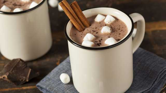 8 Mouth-Watering Hot Desserts That You Must Try This Winter